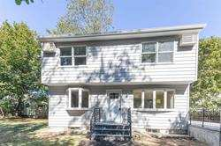 23 Gully Landing Road Miller Place, NY 11764
